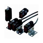 Photoelectric Sensor, 8 in. Sensing, 10-30VDC, PNP Output, Light/Dark Operate Output, M12x1 4-pin